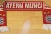 原装拜仁慕尼黑球迷围巾,送人自留佳品,仅售15,84欧!