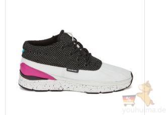 时尚潮牌店COGGLES运动鞋休闲鞋八折