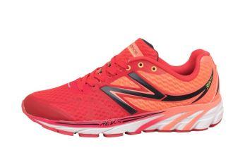 新百伦New Balance轻跑鞋降至20欧起