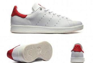 红透全网的Adidas小白鞋stan smith经典配色红尾低至40.95欧