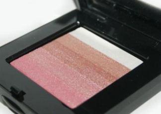 芭比波朗bobbi brown星纱颜彩盘低至41.95欧,清新腮红、眼妆及高光修容一盘就搞定