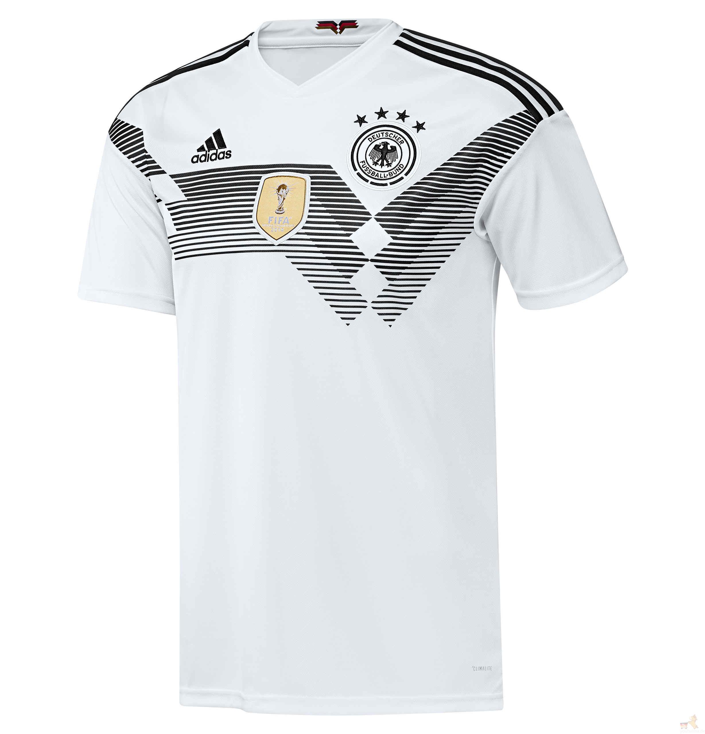 阿迪达斯世界杯德国国家队队服6折起甩卖