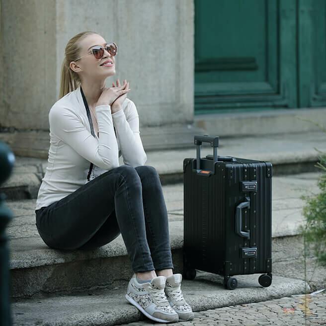 德国RIMOWA日默瓦行李箱折上折300欧元起